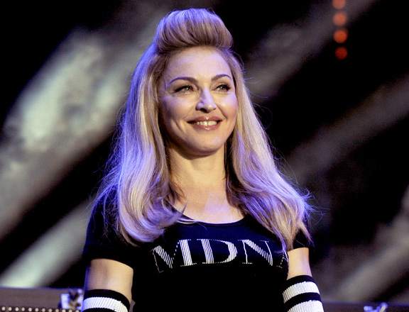 Madonna retains Queen of Pop crown